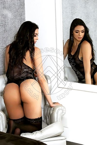 Priscila Colucci SALERNO 3288278364